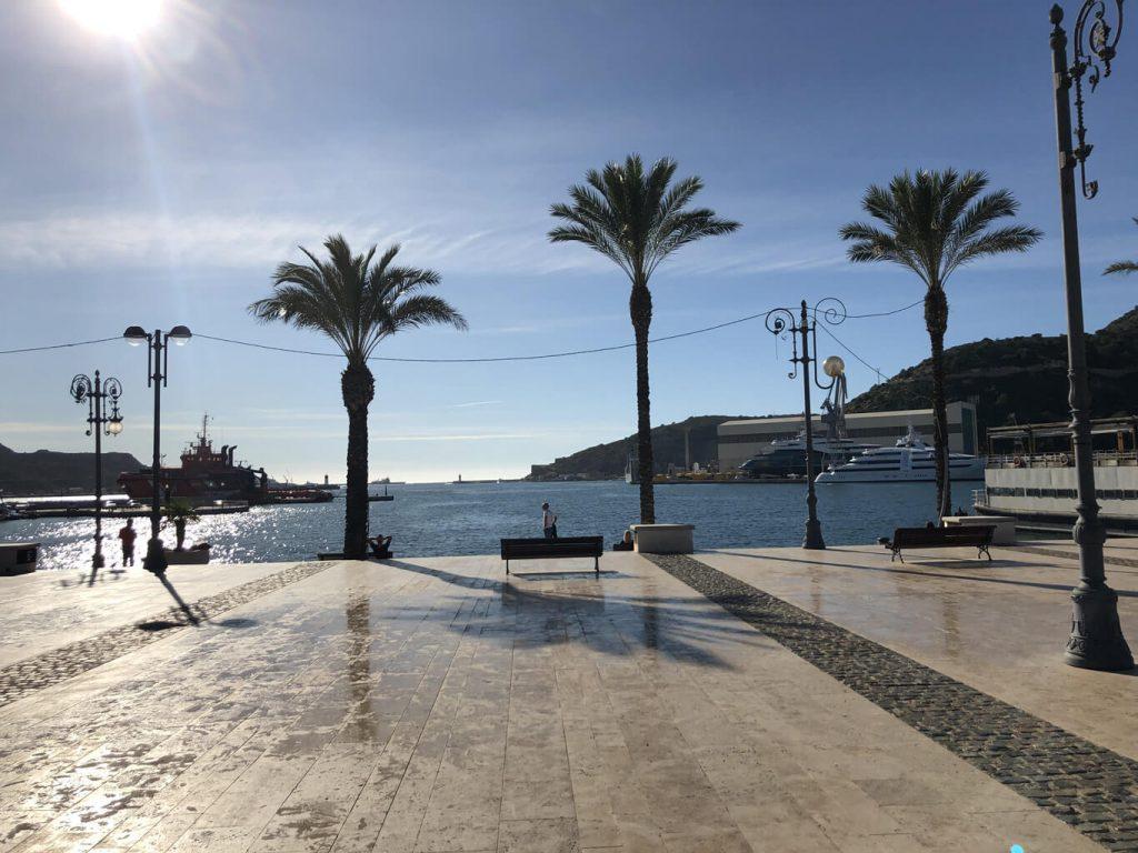 NH Hotel direkt am Hafen von Cartagena