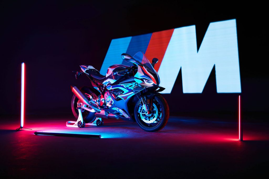 highRes the new bmw m 1000 r show time