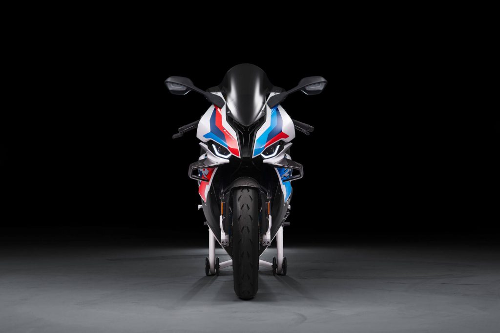 highRes the new bmw m 1000 r front